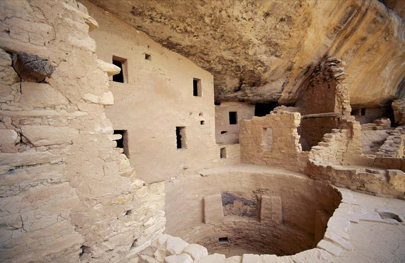 The anasazi built over 600 homes in the canyon walls of Mesa Verde National