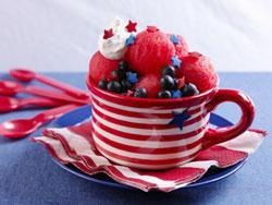 Red, White and Blue Watermelon Sundaes Our no-ice-cream-required Red, White and Blue Sundaes are filled with scoops of healthy watermelon and blueberries topped with dollops of whipped topping.