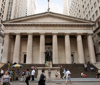 You can take weekday tours of Federal Hall National Memorial (built in 1842 as a customs house on the site of the original structure), These days you can walk through the tavern's colonial rooms,