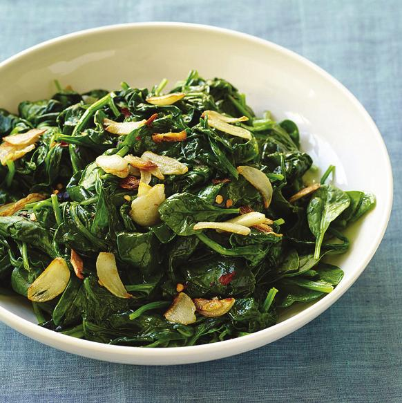 Steakhouse-Worthy Menu Sautéed Spinach with Crispy Garlic PointsPlus value: 2 Servings: 6 Prep time: 8 minutes Cook time: 7 minutes 1 Tbsp olive oil, extra virgin 4 clove(s) (medium) garlic clove(s),