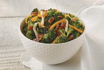 Homemade Side Salads & Chips Broccoli Salad Portion Size: 1 Scoop (3.