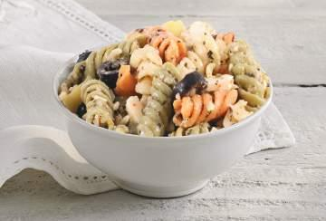 Homemade Side Salads & Chips Pasta Salad Portion Size: 1 Scoop (3.