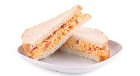 Kids Meals Pimento Cheese Sanwich Portion Size: 1/2 Sandwich 258 11.