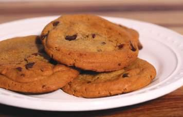 Freshly Baked Cookies Chocolate Chip Portion Size: 1