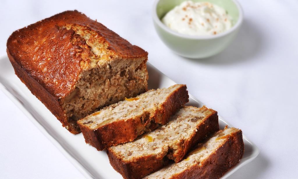 BANANA APRICOT BRAN BREAD MAKES 12 SERVINGS 2 cups regular biscuit mix 1 cup bran cereal 3/4 cup sugar 1 egg 1/2 cup milk 1 tsp vanilla 1/4 tsp salt 1 cup mashed ripe bananas (2-3 medium bananas) 3/4