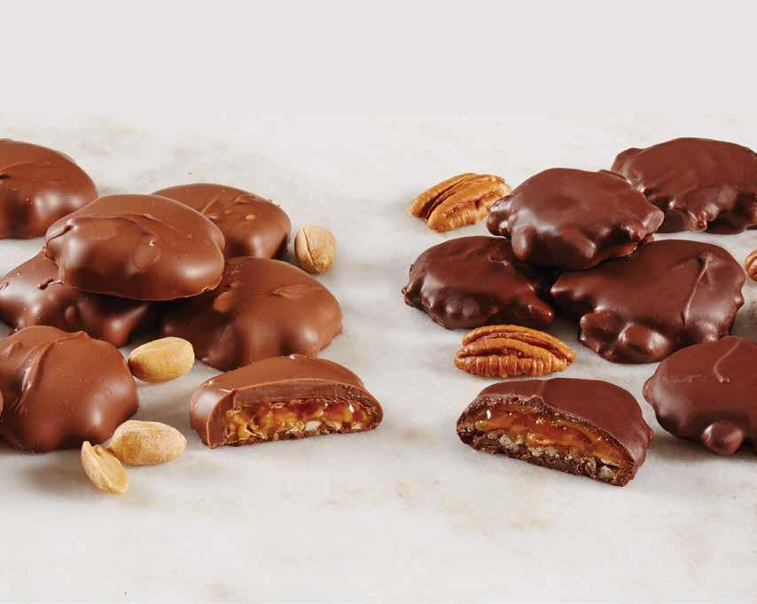 50 Delicias maní con chocolate Creamy caramel and salty peanuts in smooth milk chocolate make a tasty snack or a much-loved gift.