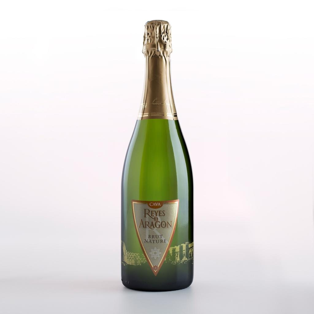 Vineyard age 1st 2nd Maturation in bottle Added sugar CAVA 75% Macabeo, 25% Chardonnay Brut Nature 30-40 years 6000-8000 kg/ha Stony and clay 700-800 m Inox vats fermentation controlled at 16ºC Not