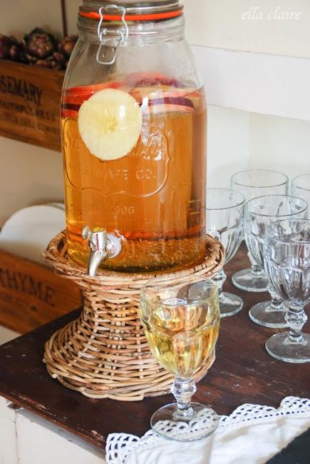 Sparkling Cider 1 Liter of sparkling water per 1 can frozen apple juice/apple cider from