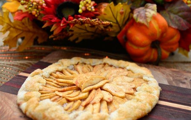 40 RUSTIC APPLE PIE Rustic Apple Pie INGREDIENTS Pie Crust Dough 2 Cups gluten free all-purpose flour mix with xanthan gum 2 Tbsp granulated sugar ½ tsp salt 8 Tbsp vegetable shortening cold, cut