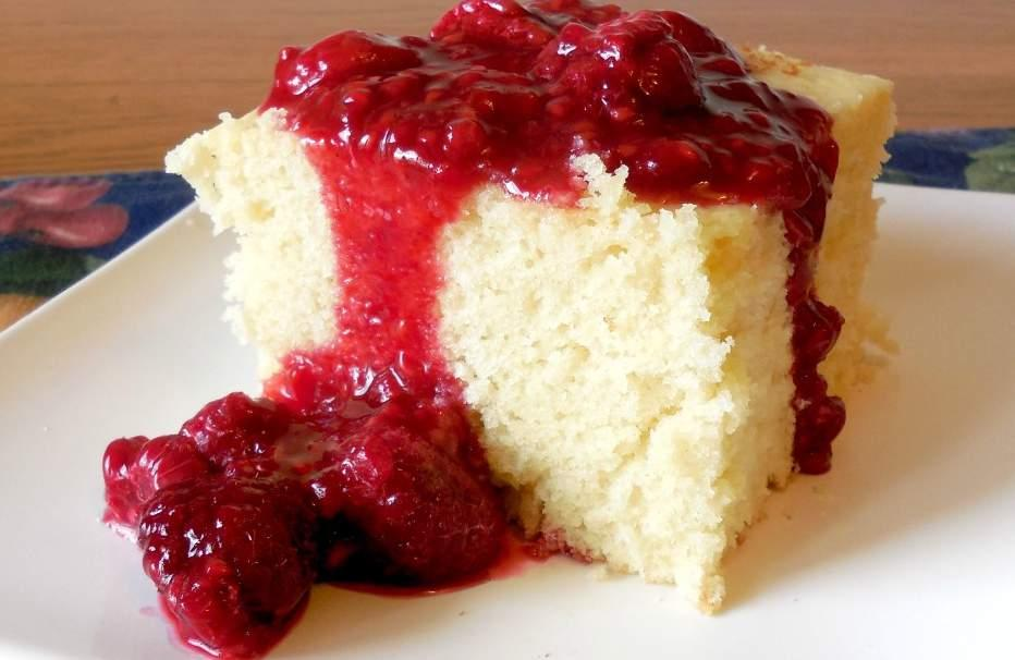 H O T M I L K Cake 4 eggs 1 3/4 cups sugar 1 teaspoon vanilla extract 2 1/2 cups all purpose flour 2 1/2 teaspoons baking powder 1 1/2 cups milk (I use 2% milk) 10 tablespoons butter Raspberry Fruit