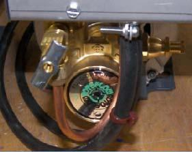 Pin Valve MVP HYDRA BYPASS SETUP Pump Bypass: With the brew group in M mode, turn the associated brew group actuator momentarily to the le. Adjust the regulator to control preinfuse pressure.