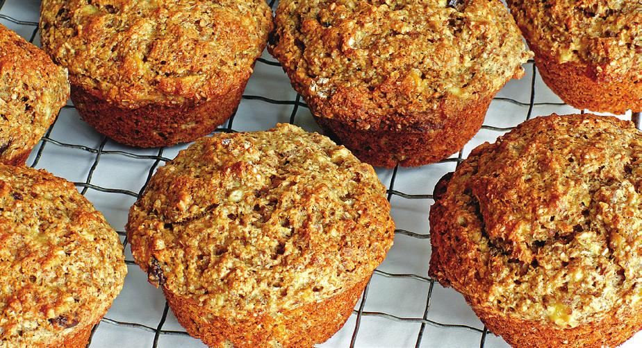 OATMEAL RAISIN MUFFINS Makes 12 servings Serving Size: 1 muffin Non-stick cooking spray 1½ cups all-purpose flour 1 tablespoon baking powder 1 teaspoon salt 1/3 cup sugar 1/2 teaspoon cinnamon 1 cup