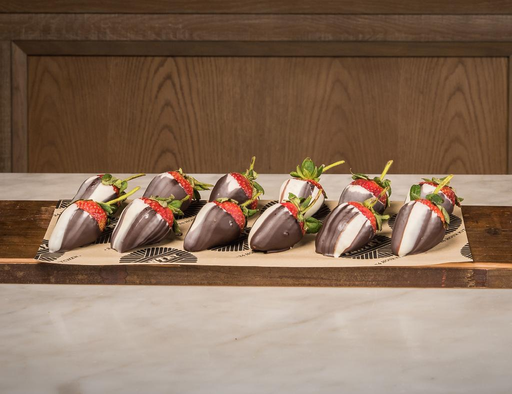 12 CHOCOLATE COVERED STRAWBERRIES 60 6