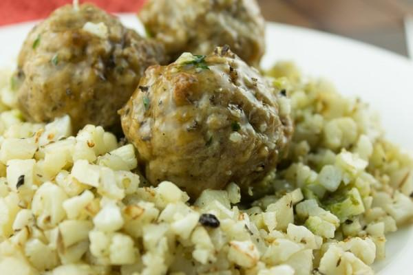 Slow Cooker Turkey Meatballs with Cauliflower Rice Servings 6 Total Time: 8 hours Cook Time: 8 hours Calories 560 Carbohydrate 1.8g Protein 68.5g Fat 34.