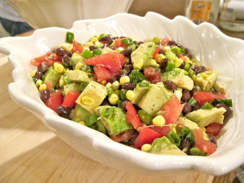 Pack & Go Lunches Confetti Bean Salad Yields: 6 servings Serving Size: about 3/4 cup *Submitted by Susan Matalon 1-15oz can black beans (drained and rinsed well) ½ cup sweet
