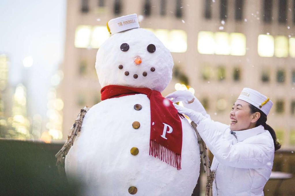 CELEBRATE A WARM WINTER MOMENT To delight in our joyous festivities, visit peninsula.com/shanghaifestive. NO.