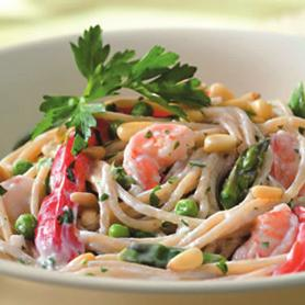 1. 6 ounces whole wheat Spaghetti Creamy Garlic Pasta with Shrimp and Vegetables Serves 4 2. 12 ounces peeled and deveined raw Shrimp, cut into 1-inch pieces 3.