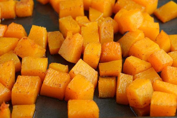 Spiced Sweet Squash 1 tbs butter or buttery spread 1 tbs brown sugar ½ tsp