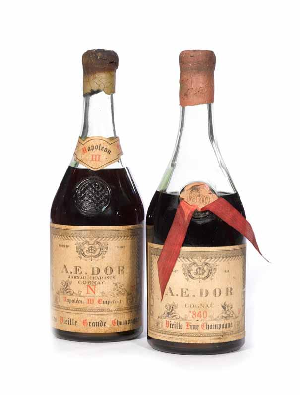 944 Hennessy Paradis Cognac (1) Jas. Hennessy & Co. PC. Level: (u. 4.2cm below capsule) 750ml. 80 proof. Provenance: Believed to be from the estate of 20th century entertainer Robert (Bobby) Short.