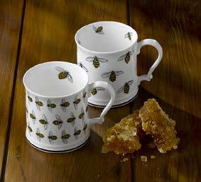 London Tankard Size: 12fl.oz / 360ml Honeybee tea towels are also available in this collection.