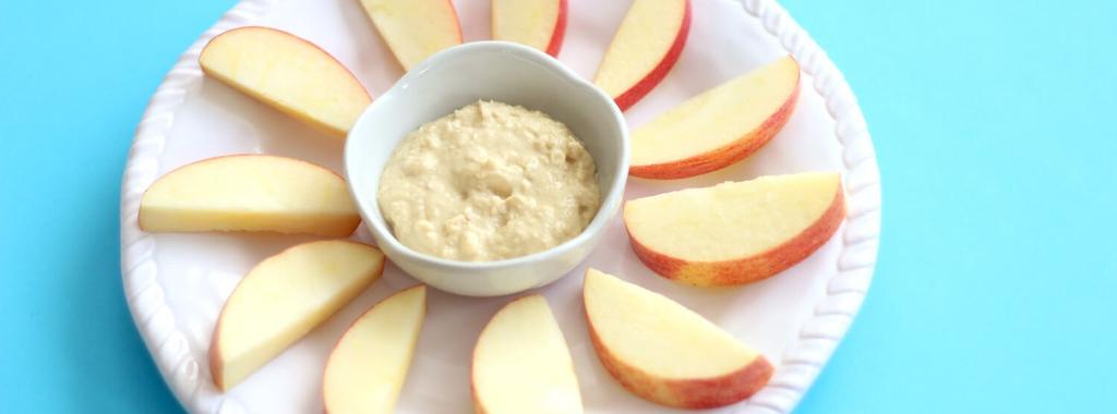 Apple Slices & Hummus 2 ingredients 5 minutes 1 serving 1. Slice apples and cut out the core.