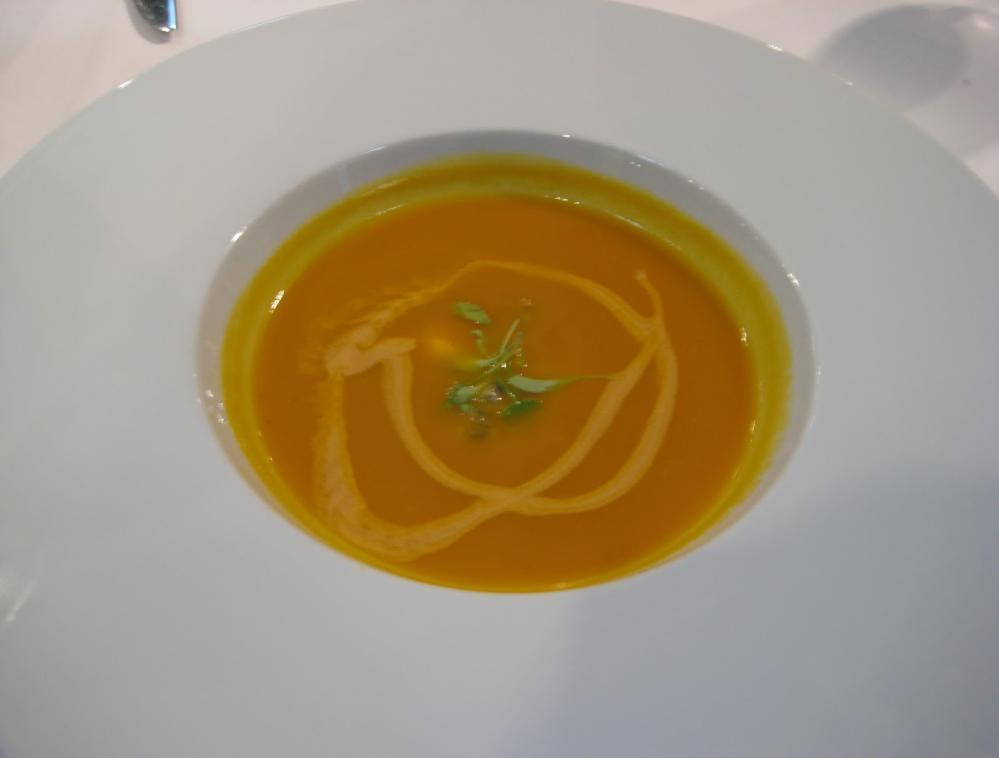 Carrot and Garlic Soup http://farm4.staticflickr.com/3431/3876060100_6e91284d84_o.jpg Serves: 3 Ingredients: 1 lb.