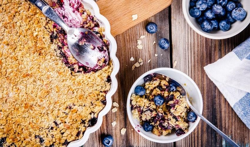 Winter Recipes Pecan, Oats, and Blueberry Crisp 4 cups frozen blueberries 1 cup rolled oats 3/4 cup pecans (chopped) 1/2 cup shredded coconut 1/2 cup almond meal 1/4 teaspoon ground cinnamon 1/4 cup