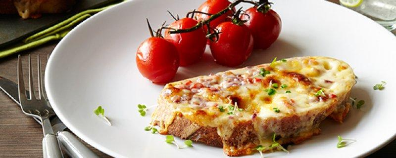 Welsh Rarebit Wednesday 6th September COOK TIME 00:25:00 PREP TIME 00:10:00 SERVES 4 Find out why people say that Welsh Rarebit is the world s best cheese on toast with this authentic, creamy and
