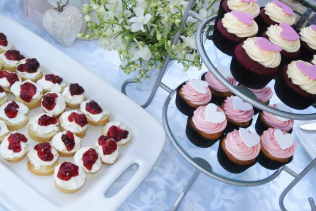 WEDDING DAY HIGH TEA A high tea is the perfect choice for your wedding day.