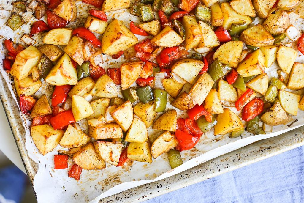 Make Ahead Items For the Potatoes: 1lb yellow potatoes, diced large 1 red bell pepper, diced medium 1 green bell pepper, diced medium 1/2 yellow onion, diced medium 3 tbsp avocado or olive oil 1/2