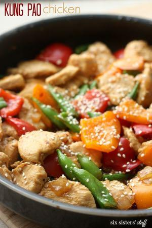 DAY 2 SMALLER FAMILY- KUNG PAO CHICKEN AND RICE M A I N D I S H Serves: 4 Prep Time: 10 Minutes Cook Time: 20 Minutes 2 Tablespoons sesame oil 1/2 onion (chopped) 2 teaspoons minced garlic 1 pounds