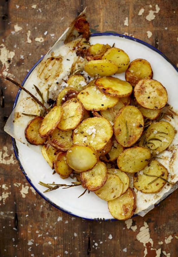 01 RUSTIC POTATO CHIPS 8 large organic potatoes (or 16 small) ¼ cup olive oil 2 tbsp NoMU Roast Rub 1 tsp Preheat the oven to 180 C. Slice the potatoes into ½ cm slices and place in a roasting tray.
