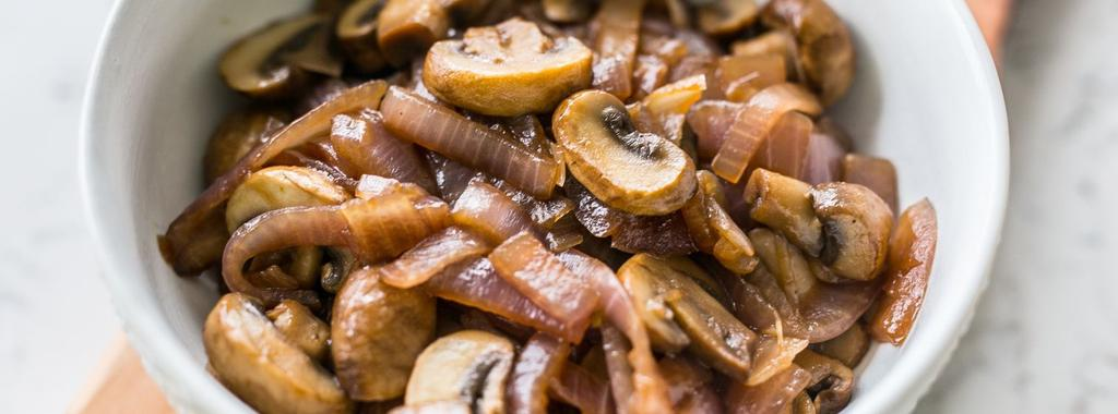 Mushroom & Onion Saute 4 ingredients 15 minutes 4 servings 1. Heat avocado oil in a large pan over medium heat. Add mushrooms and onions and stir occasionally until tender, about 20 minutes.