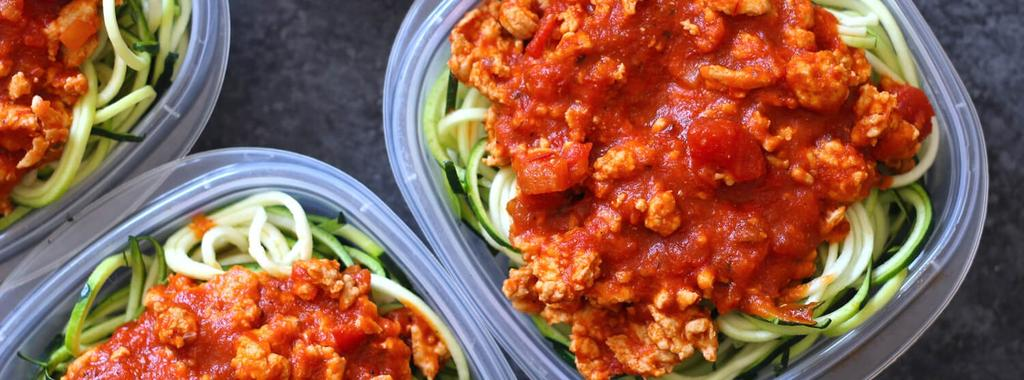 Zucchini Noodle Bolognese 4 ingredients 20 minutes 4 servings 1. Heat the olive oil in a non-stick skillet. Add the ground chicken, stirring to break it up as it cooks.