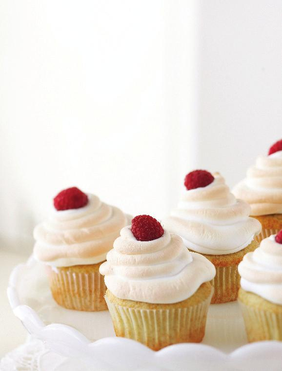 Meringue-Topped Raspberry Cupcakes Prep: 25 minutes Bake: 23 minutes Cool: 5 minutes Oven: 350 F 1 1 2 cups all-purpose flour 1 1 2 teaspoons baking powder 1 4 teaspoon salt 1 2 cup butter, softened