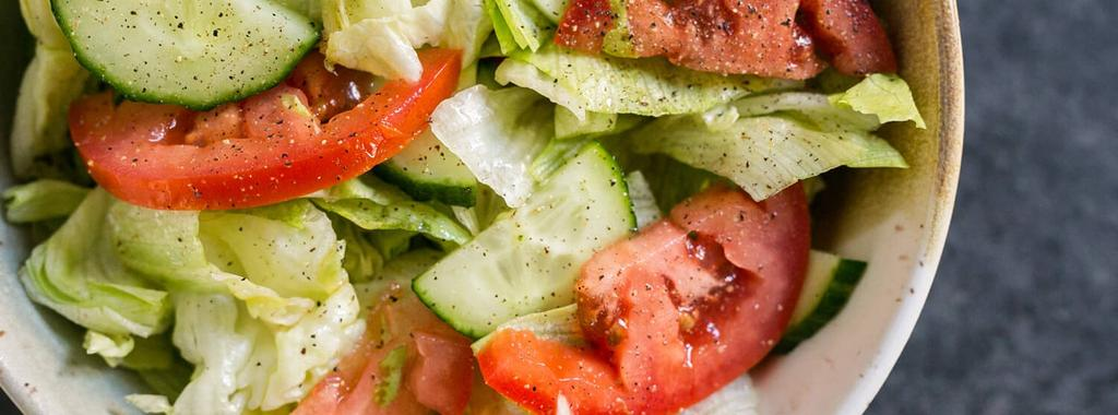 House Salad 5 ingredients 10 minutes 4 servings 1. In a small bowl, whisk together the olive oil and vinegar. 2. Add remaining ingredients to a large bowl and drizzle the dressing over top.