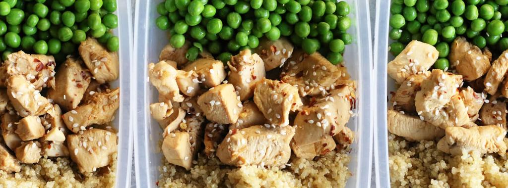 Honey Sesame Chicken with Peas & Quinoa 11 ingredients 20 4 servings 1. In a small jar, combine the broth, tamari and sesame oil. Shake well to combine and set aside. 2. Heat the coconut oil in a skillet over medium heat.