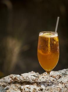 KSH 800 PASSIONATE BELLINI Fresh local passion fruit and