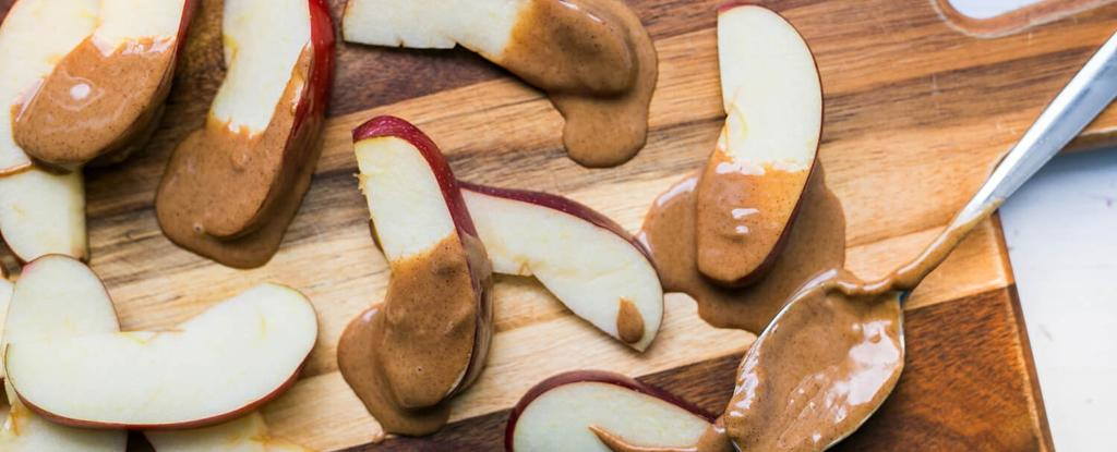 Apple with Almond Butter 2 ingredients 5 minutes 4 servings Slice apple and