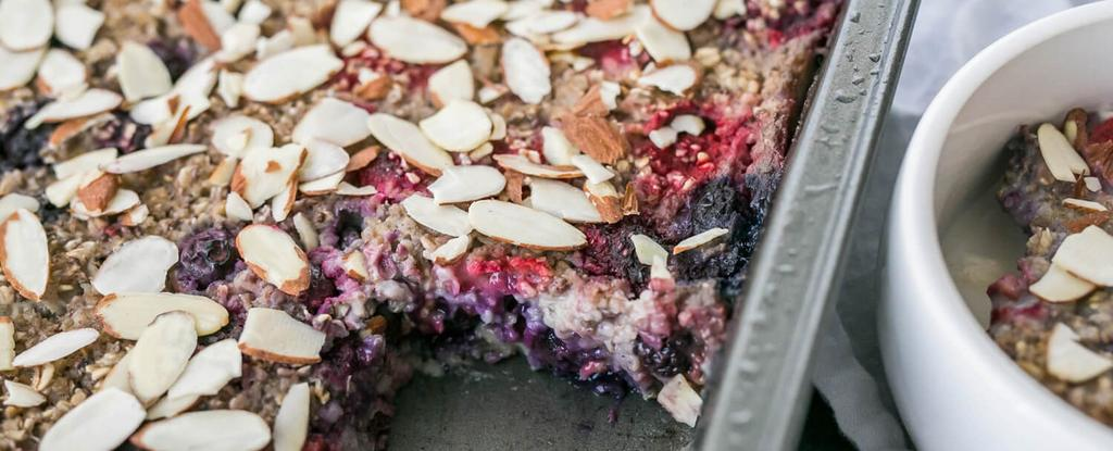 Berry Baked Oatmeal 8 ingredients 45 minutes 6 servings Preheat oven to 350 degrees F. Grease a baking pan with coconut oil. Add all ingredients in a mixing bowl and stir until thoroughly combined.