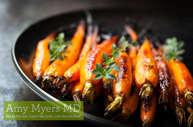Organic Whole-Roasted Carrots 16 small carrots 1-2 Tbsp olive oil 1/4 tsp sea salt Ground cinnamon 1. Preheat oven to 375 F. 2. Scrub carrots with water and a vegetable scrubber. 3. Place carrots in a large baking dish.