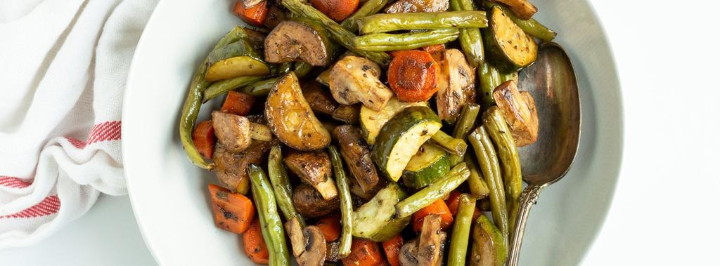 Roasted Veggies 9 ingredients 40 minutes 4 servings 1. Preheat the oven to 375ºF (191ºC) and line a baking sheet with parchment paper. 2. Arrange the chopped veggies on the baking sheet.