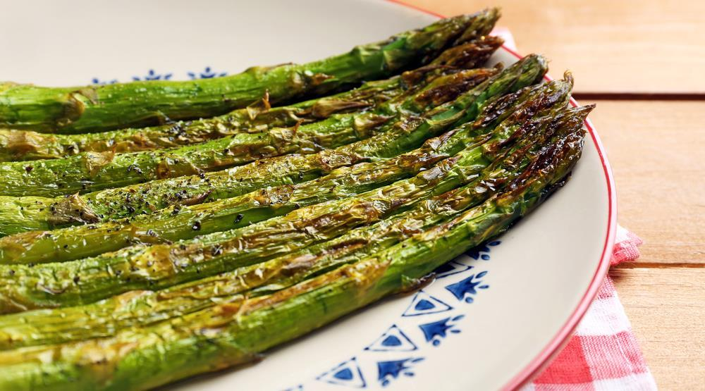 Roasted Asparagus 1 pound asparagus, cleaned, tough stem ends removed 2 teaspoons olive oil 1 teaspoon balsamic vinegar 1/8 to 1 4 teaspoon salt 1 garlic clove, minced or pressed 2 teaspoons minced