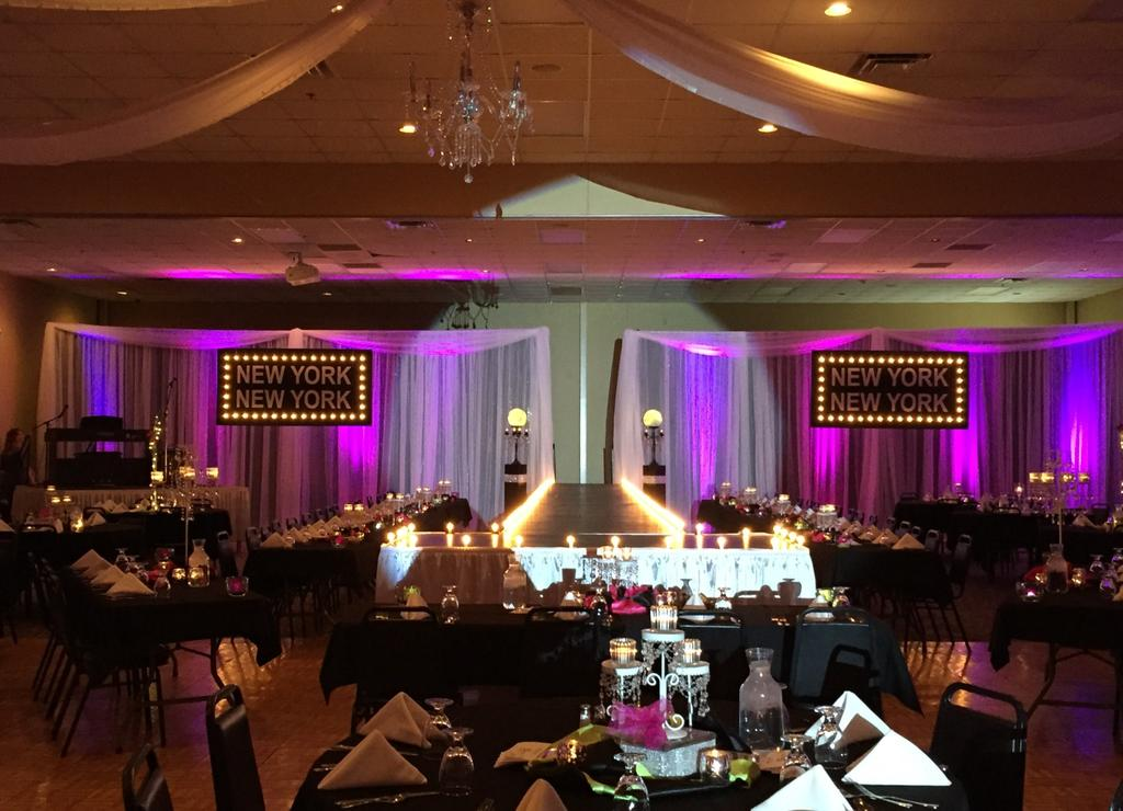 Broadway Ballroom Event Center provides the following with use of the facility at no extra cost: Bar and bartender (if needed) Set up of tables and chairs Table cloths in colors of white, black or