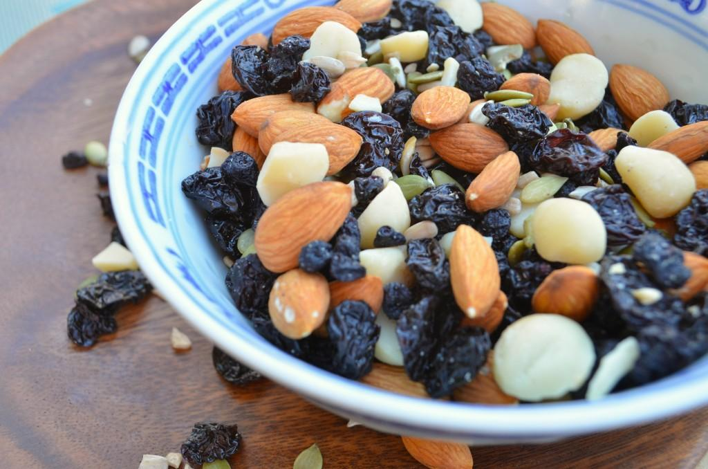 Paleo Trail Mix Servings 8 Total Time: 10 minutes Cook Time: 10 minutes Calories 360 Carbohydrate 32g Protein 12g Fat 24g 1 cup(s) almonds whole 1/ 2 cup(s) cashews, raw whole 1/ 2 cup(s) pumpkin
