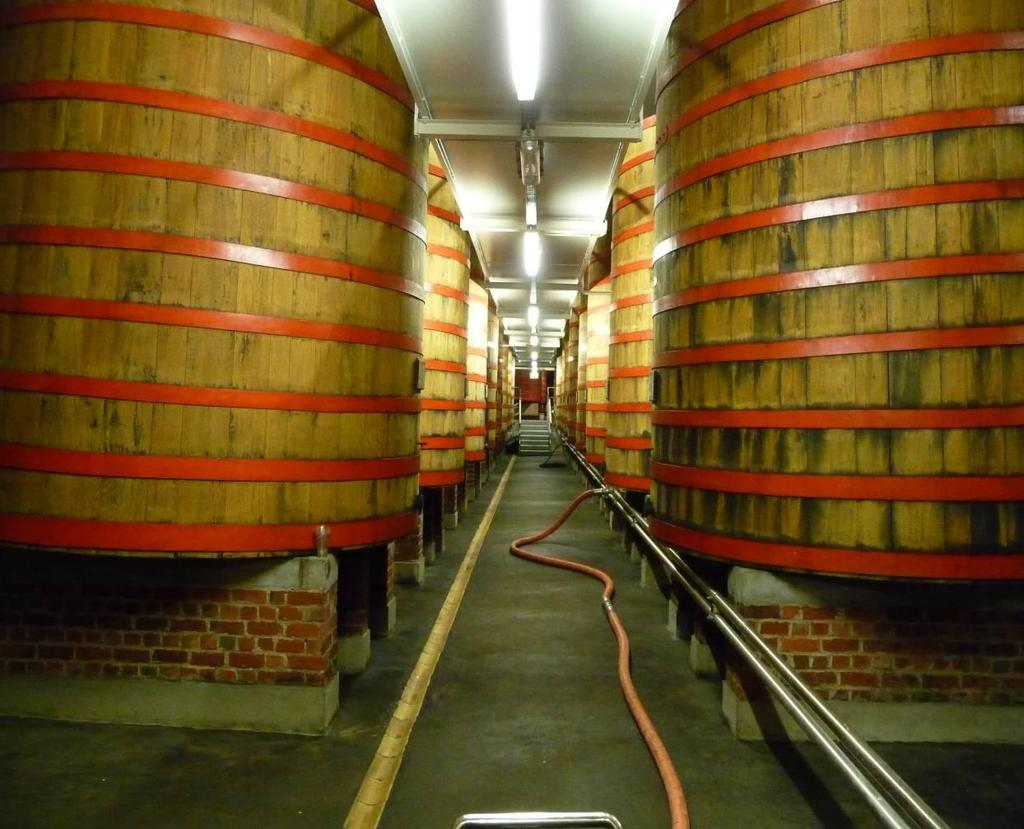 Rodenbach Brewery Production Plant Maturation (4)