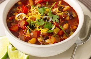 thecleansingauthority.com Vegetarian ChilI Yields 6-8 servings @ 290 calories per serving. Heat pan and spray with cooking spray. Add chopped onions, celery, garlic, and chilies.