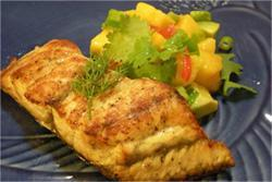 Barramundi with Mango, Avocado & Chili Salsa Serves: 2 Prep Time: 15 minutes Cook Time: 15 minutes 2 barramundi fillets salt & pepper a dash of olive oil 1 mango, scooped out and sliced into cubes 1
