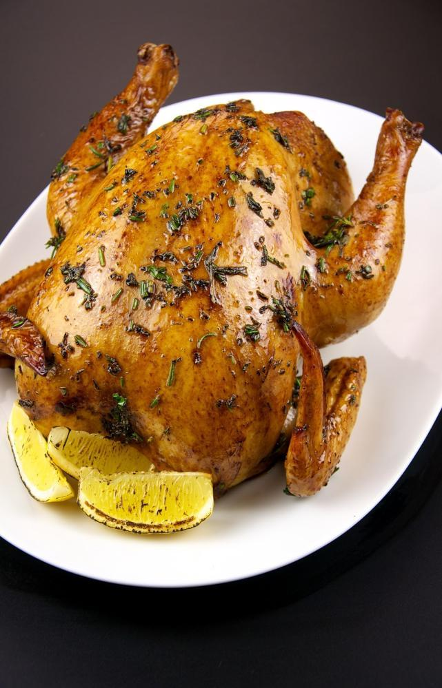 Roasted Garlic Herb Chicken http://upload.wikimedia.