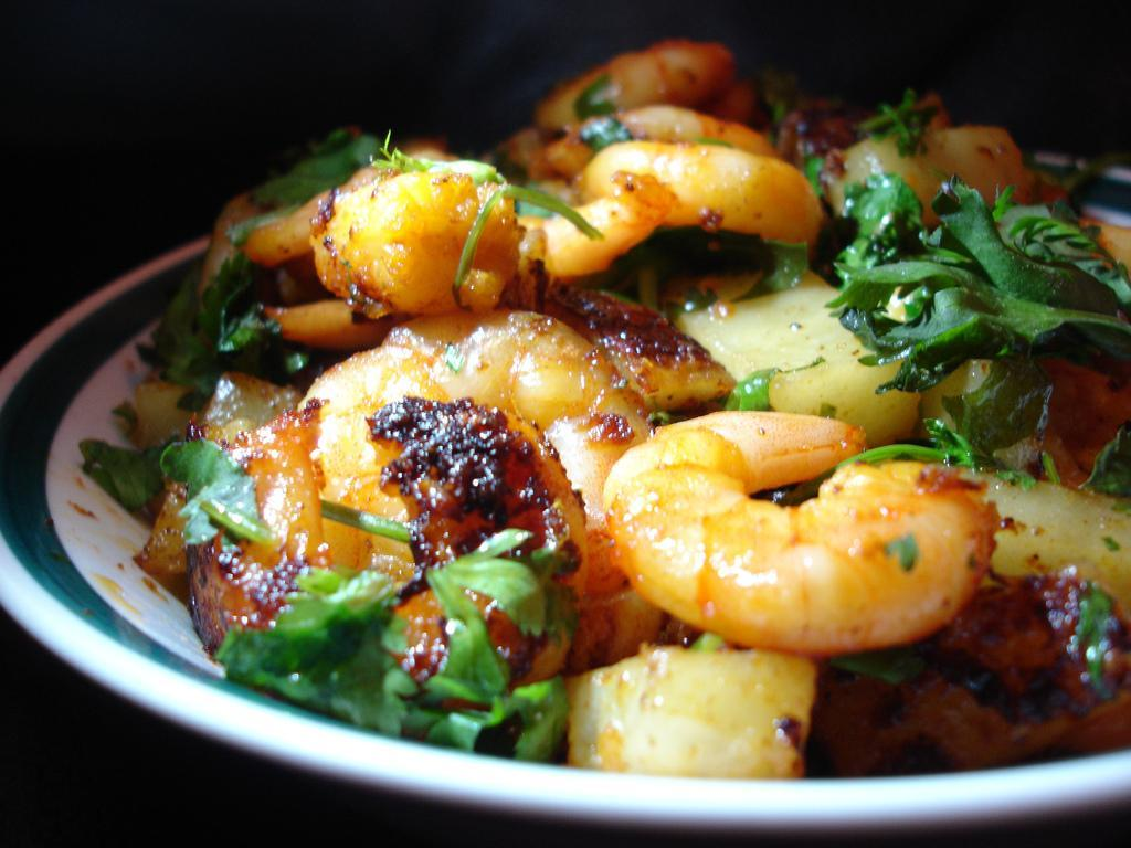 Spicy Pepper and Garlic Shrimp http://upload.wikimedia.org/wikipedia/commons/0/01/awadhi_prawns.